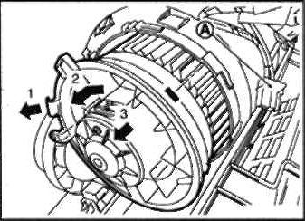 7-zamena-motorchika-pechki-nissan-qashqai.jpg
